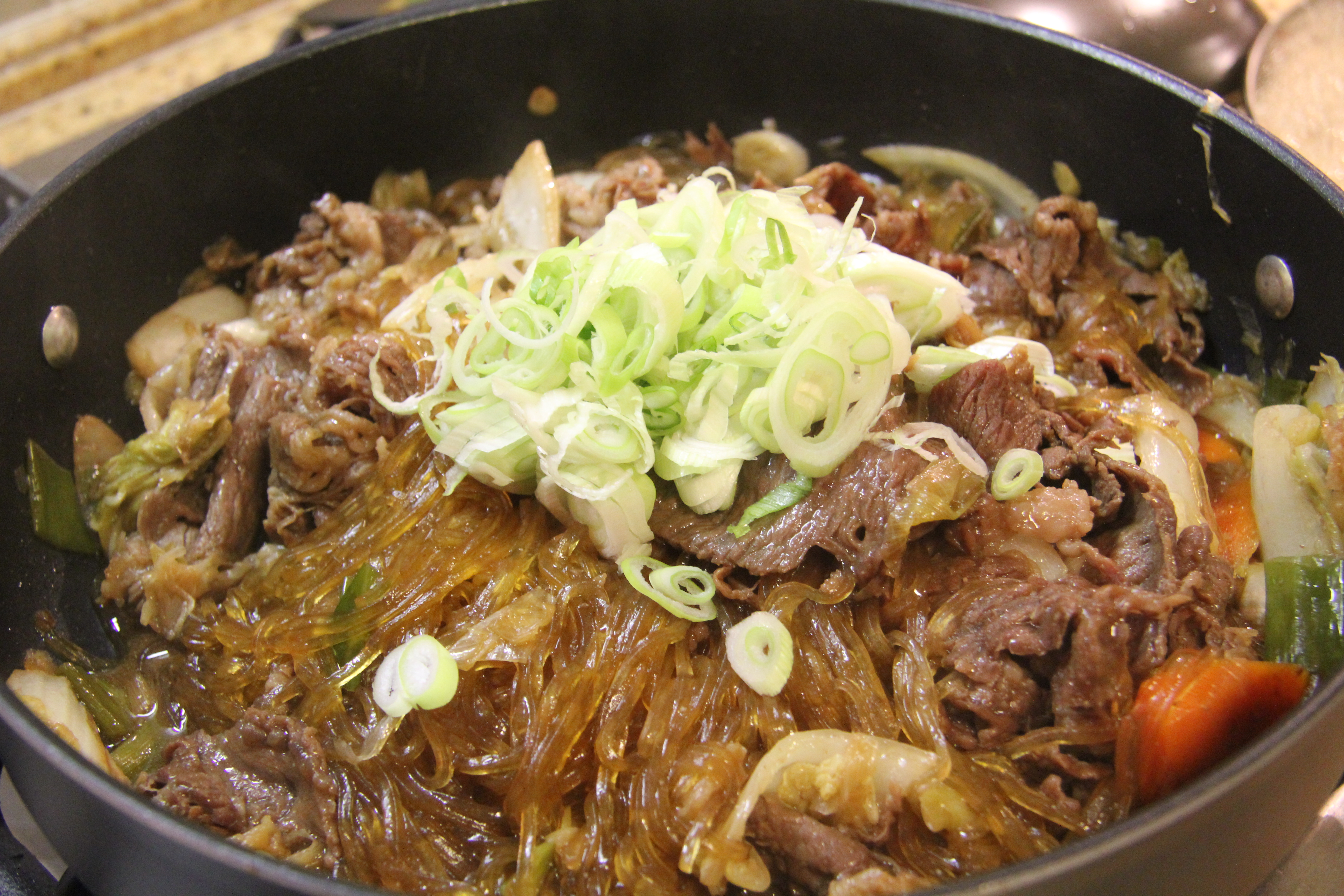 World Food Recipes: Japanese Simmered Beef and Vegetables – Sukiyaki
